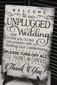 4 Ways to Get Your Wedding Guests to Put Away Their Freakin' Phones