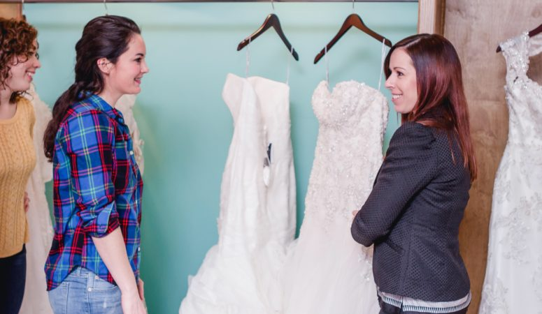 Wedding-Dress Shopping Day Tips